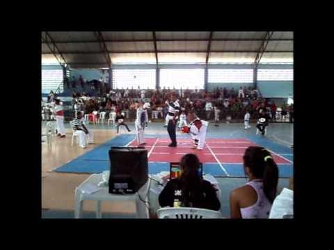 Taekwondo alagoas italo protetor vermelho .campeonato em maribondo