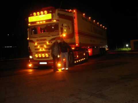 Грузовики SCANIA V8 VANLOMMEL of baldwin at night