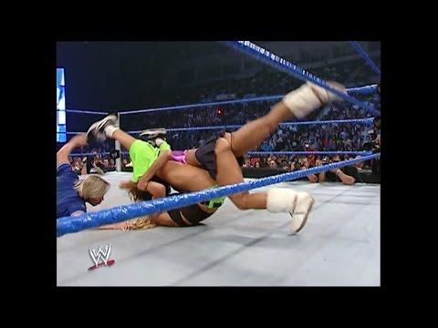 Smackdown 07.28.2005 Melina vs. Torrie Wilson (HD)