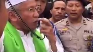 Video Polisi Diam Saja waktu Ada Ancaman Berencana Pembunuhan AHOK MP3, 3GP, MP4, WEBM, AVI, FLV Juni 2017
