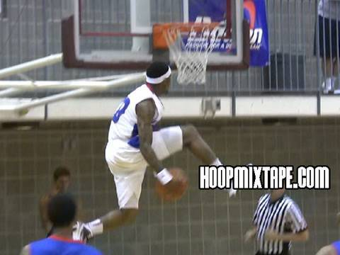 VIDEO: Crazy Alamaba Junior College IN-GAME dunk!