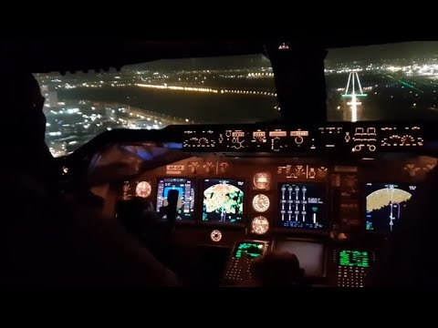 Beautiful 747 landing in tel Aviv.  And taxi to d ramp