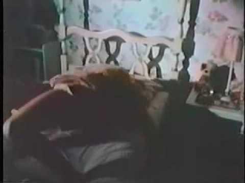Ruby (1977) Trailer Ingles