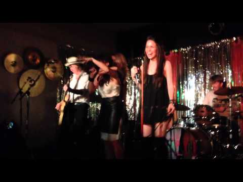 Killola – By 2am with special guests Mandy Musgrave and Gabrielle Christian @amplyfi