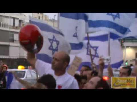 Israelis Celebrate IDF Flotilla Attack