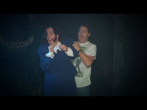 Ellen Sends Amy and Andy Through Haunted House – Extra Funny Video