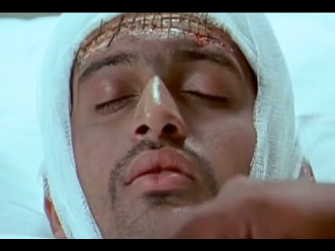 Badradri Full Movie Scenes - Baladhitya dies due to chemical reaction in the lab - Nikitha, Raja