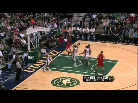 Chris Johnson putback dunk against Jazz