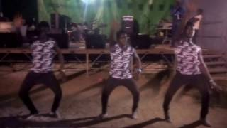Download Lagu METTER Z VERS VERS  YOUNG-STAMPOE Live 11/06/2016 au stade ANAPAYE Mp3