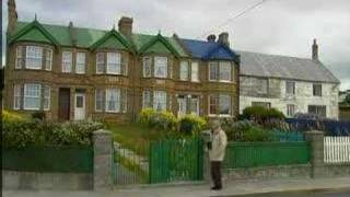 Return to the Falklands (2006): Twenty-four years after Argentina invaded the Falkland Islands, the scars still run deep.