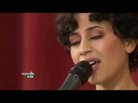 """Rowlene Performs """"Curtain Call"""" 