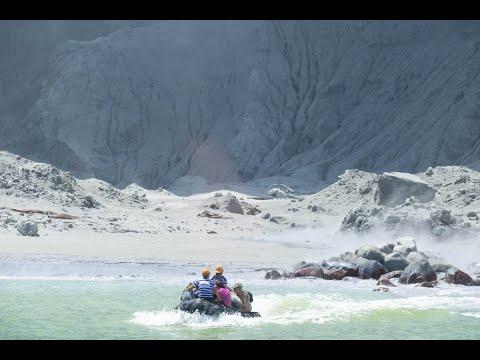 Volcan en éruption en Nouvelle-Zélande : l'armée va sur White Island pour récupérer les corps