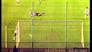 Marco Van Bastens Kopfball gegen Real Madrid
