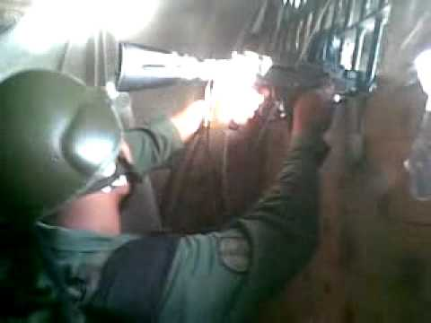 efectivos de la guardia disparando en el rodeo 1