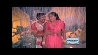Video Kannada Rain Song || Thayiya Hone || Sogasu Kannu Kunisiralu || Ashok,Sumalatha download in MP3, 3GP, MP4, WEBM, AVI, FLV January 2017