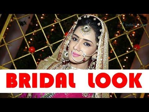 Smritii Khanna flaunts her bridal look!