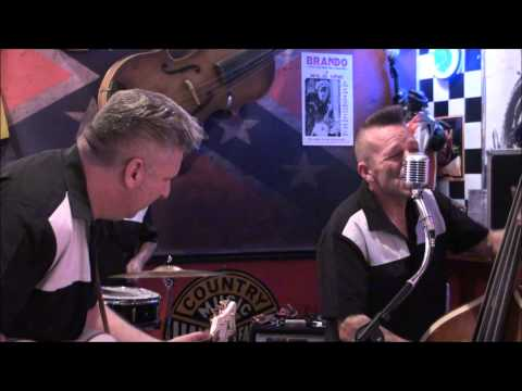 "Black Cat Trio "" move it "" rockabilly style @ Rockwell's Diner Runcorn"