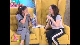 Video Why Kim and Kris can't stop laughing MP3, 3GP, MP4, WEBM, AVI, FLV Oktober 2018