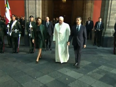 Pope says Mass at Guadalupe basilica