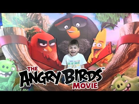 Смотрим The Angry Birds Movie играем на игровых автоматах McDonald's Happy Meal Turtles SanSanychTV
