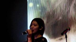 Video Park Shin Hye singing Story (Heirs) at DramaFever 2013 Awards NYC (1st song) MP3, 3GP, MP4, WEBM, AVI, FLV Maret 2018