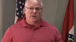 Ferguson Police Chief Apologizes To Michael Brown's Family - YouTube