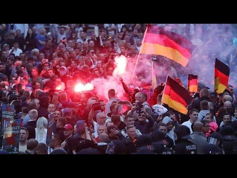 Chemnitz kommt nicht zur Ruhe: Verletzte bei Demonstr ...