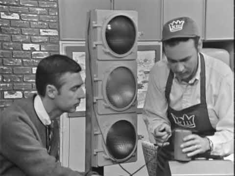 Mister Rogers Gets His Traffic Signal Repaired - Ep. 0097