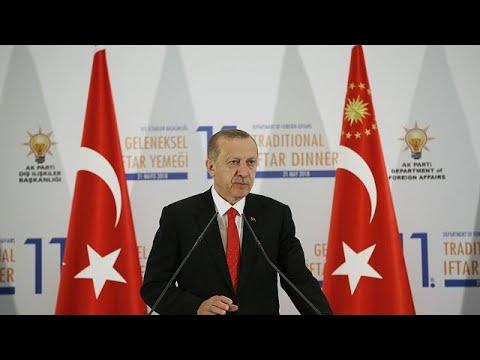 Ερντογάν: «Τα καπρίτσια των Έλληνοκυπρίων διατηρούν την απόσταση στο Κυπριακό»…