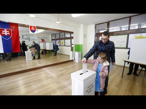 Σλοβακία: Εκλογές με βασικό διακύβευμα την κάθαρση
