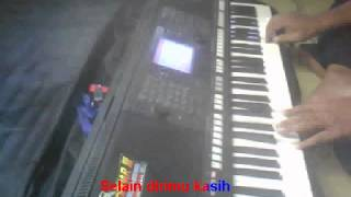 Menunggu Rhoma Irama Karaoke Yamaha PSR S750