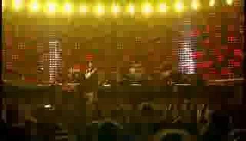 U2 - Vertigo (Live In Milan 2005)