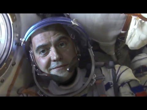 Первый полет Д. Медведева в космос