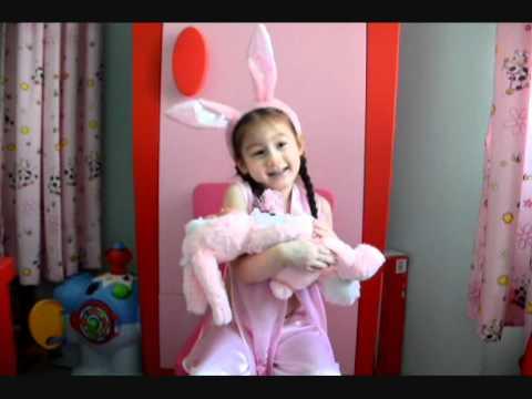 Camilla ThyThy đọc thơ : Thỏ Bông bị ốm