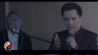 Nonton BADAI ROMANTIC PROJECT (BRP) - TAK DENGANKU [Official Music Video] Film Subtitle Indonesia Streaming Movie Download