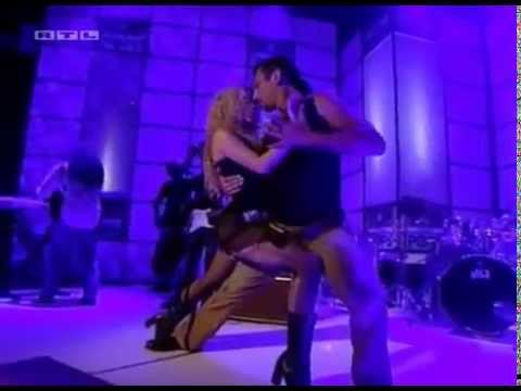 Shakira - Objection (Tango) - Live On TOTP