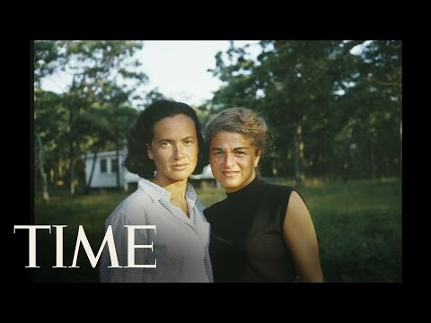 Edie And Thea: A Love Story | TIME (видео)