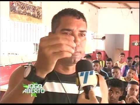 [JOGO ABERTO PE] Campeão pernambucano se dedica a projeto social
