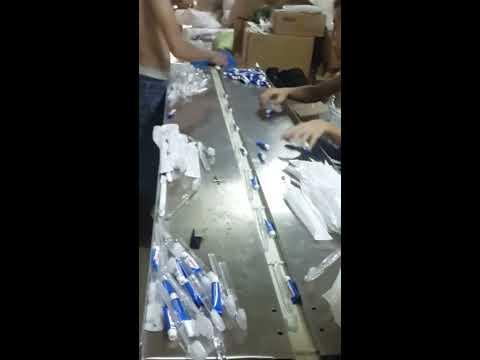 máy đóng gói bàn chải đánh răng