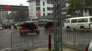Ja-Ela Sri Lanka  city photos : A big SALUTE to a sincere police officer from ja-ela srilanka.