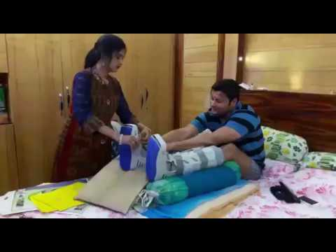 Video SUPERSTAR ANUBHAV UNABLE TO STAND ON HIS LEGS download in MP3, 3GP, MP4, WEBM, AVI, FLV January 2017