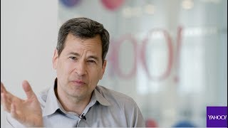 Yahoo's David Pogue shows how to operate the Windows Ribbon from the keyboard.Full story: http://bit.ly/2suNsaf