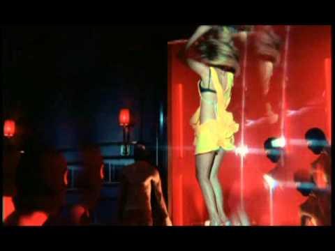 Hande Yener – Acele Etme Sözleri