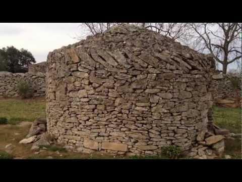 Chozo circular en Lumbrales, Salamanca