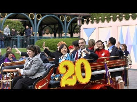 dlrpmagicvideo - Global Disney Ambassadors Pre-Parade, part of the Disneyland Paris 20th Anniversary events on 12th April 2012. Video by http://www.dlrpmagic.com: Disneyland ...