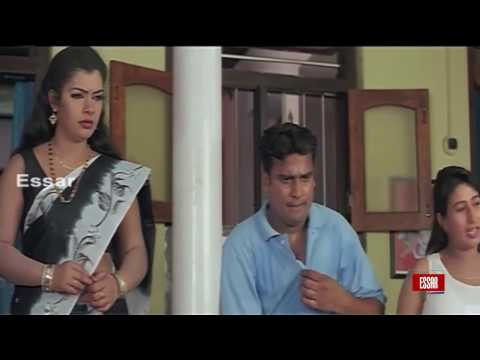 XxX Hot Indian SeX South Indian Mallu aunty bathing in wet dress.3gp mp4 Tamil Video