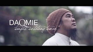Video Daqmie - Tangis Sebatang Tamar (Official Music Video) MP3, 3GP, MP4, WEBM, AVI, FLV Oktober 2018