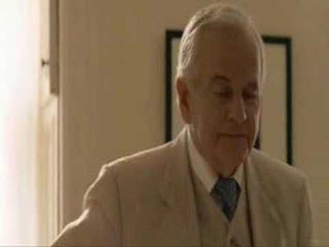 Ian Holm - Sir Ian Holm as Dr. Ernesto Morales in