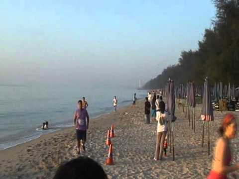 Bikini Beach Run 2011 Part 2