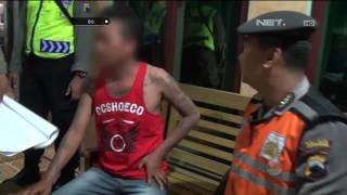 Video Pria Ini Marah Ketika Pentungannya Disita Petugas - 86 MP3, 3GP, MP4, WEBM, AVI, FLV Oktober 2018